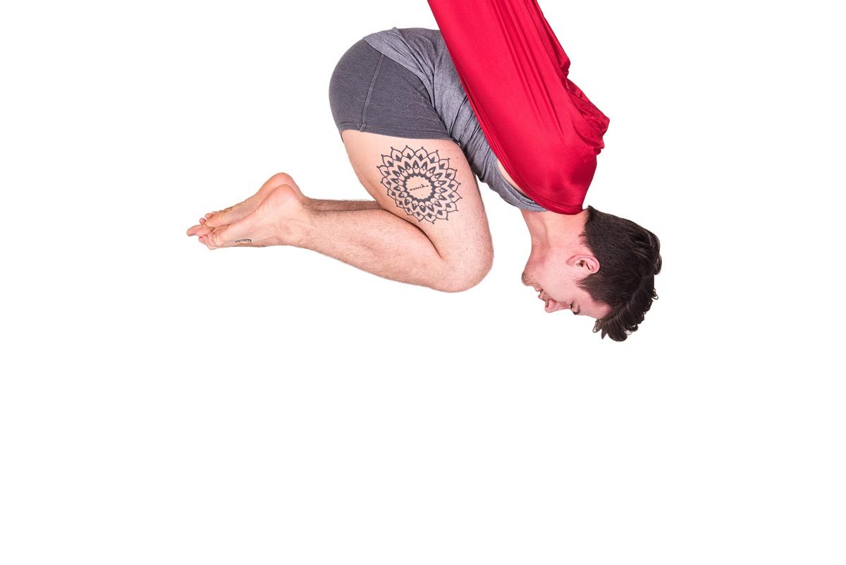 Aerial Yoga w Bhakti Shala